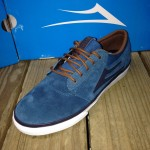 The Lakai Griffin is a great skate shoe with a slim, low profile, in a very sleek looking Ink blue color!