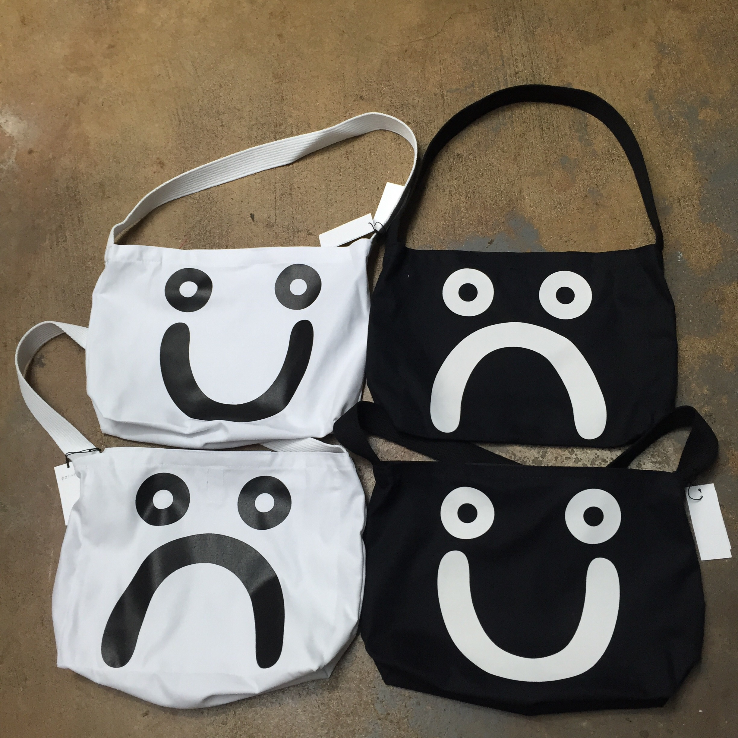 Polar happy/sad tote bags!