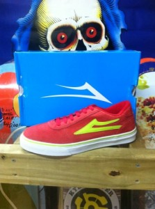 Lakai Manchester in red/ lime