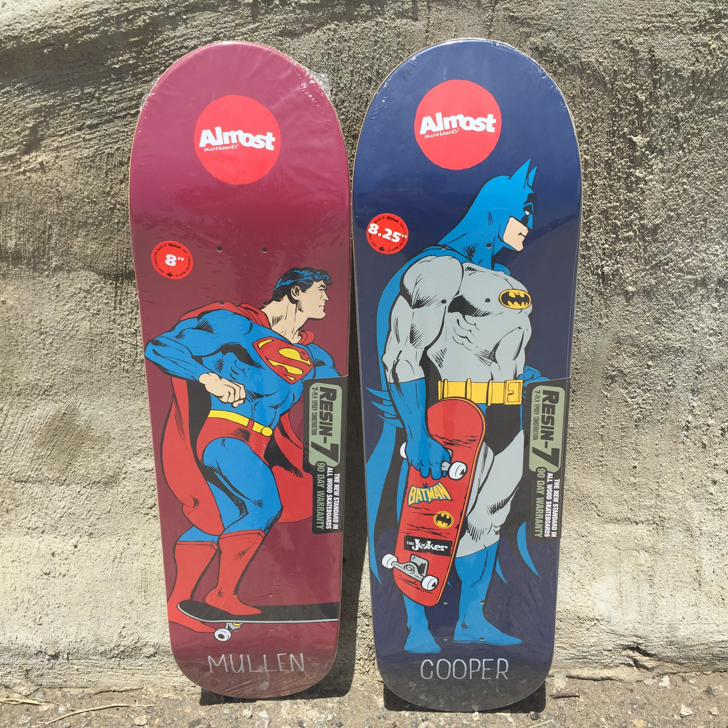 Almost Superman Mongo and Batman Mall grab (8.0 x 31.7, 14.25 wb; 8.25 x 31.7, 14.25 wb)